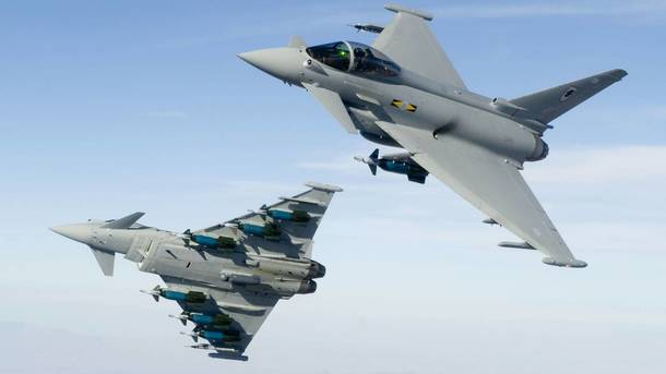 Истребители ВВС Великобритании подняты по тревоге – СМИ