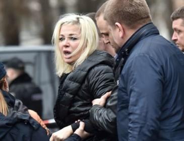 «ШОКИРУЮЩИЕ ФАКТЫ»: Вдова Вороненкова раскрыла подробности накануне убийства мужа. Вы онемеете!