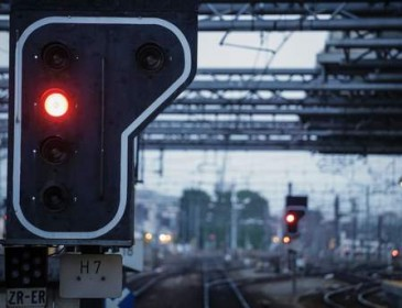 На западе США в поезде мужчина устроил резню