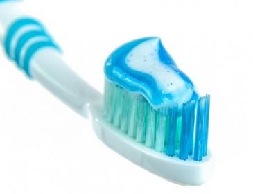 Как избавиться от налета и зубного камня