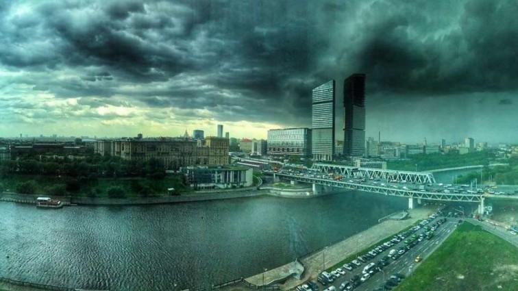 «Шокирующие цифры»: В Москве пересчитали пострадавших от смертельного урагана