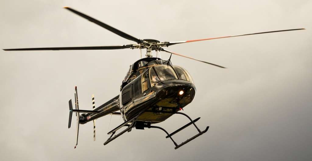 helicopter-628243_1280