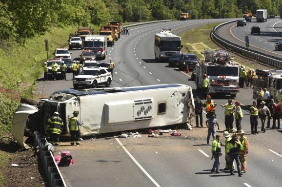 Ужасная авария : В Турции перевернулся автобус с российскими туристами