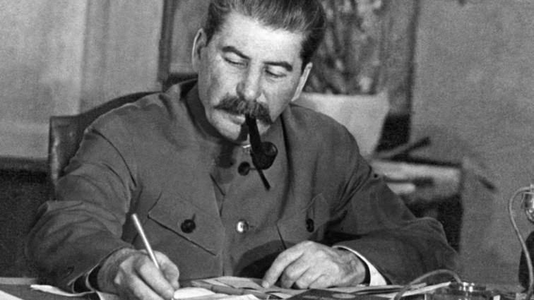 Скончался внук Сталина, театральный режиссер и народный артист России: Люди в трауре