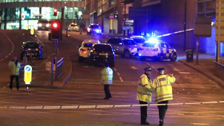 Он вам не супермен, он лучше: Бездомный в Манчестере во время теракта спас 22 человека, и вот как его наградили!