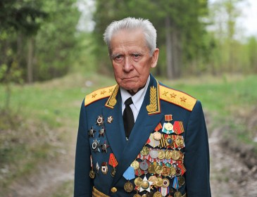 Как наказали чиновника за выдачу в Севастополе 2 ветеранам 1 квартиры