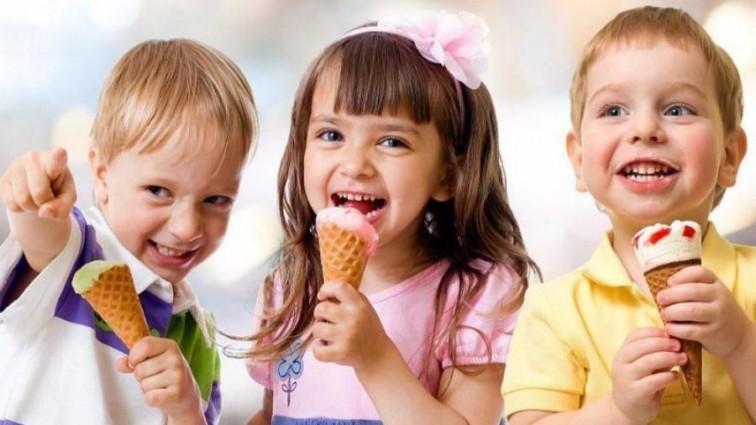 Эксперты установили главную опасность летнего мороженого