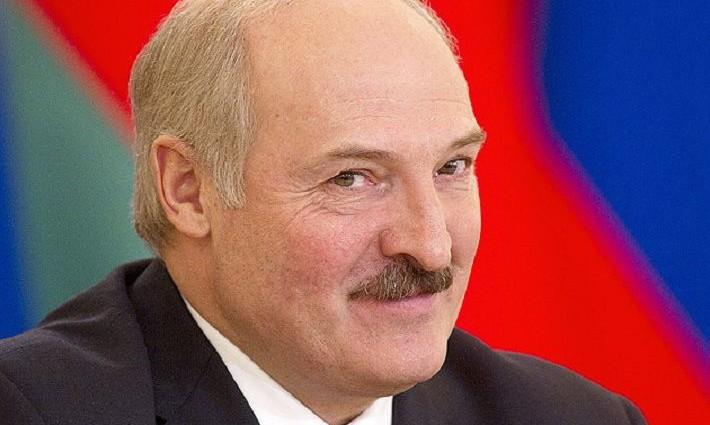 Новая избранница? Александр Лукашенко появился в компании юной девушки