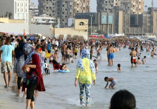 Срочно: На многолюдном пляже взорвалась ракета, есть жертвы!