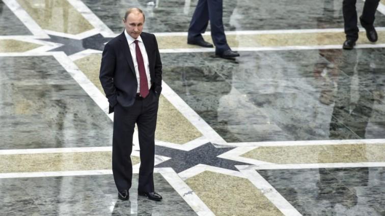 «Ты жалкий мошенник»: известный журналист вызвал Путина на бой!!