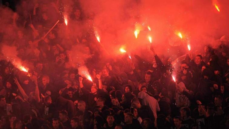 Футбольный матч закончился массовой гибелью людей (фото)