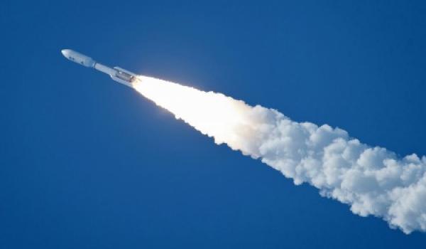 Священная война на Востоке: Около Мекки сбили баллистическую ракету