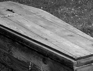 Жители Геленджика перекрыли трассу гробами: Что довело людей до крайности