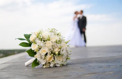 В России женихи подрались возле ЗАГСа в день свадьбы