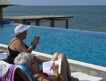 «Поможем льготами»: Инвалидов и пенсионеров отправят путешествовать по России!