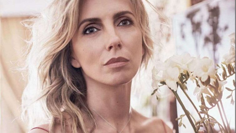 Как модель: 48-летняя Светлана Бондарчук выглядит на 20 лет моложе