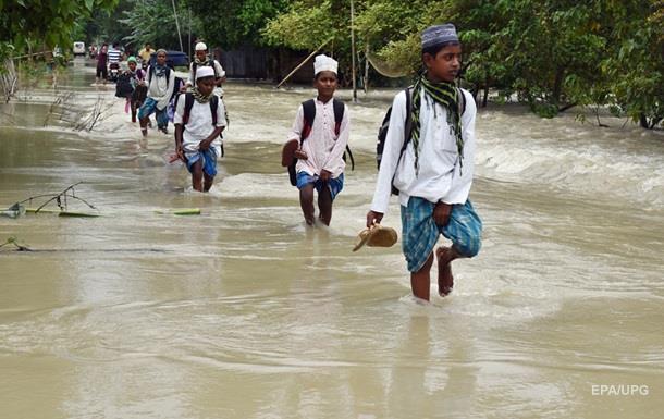 Страшная стихия: от наводнений пострадали 9,6 млн человек