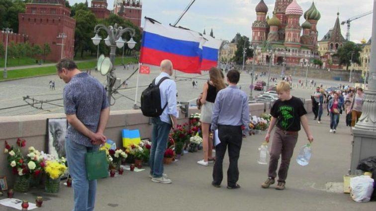 На месте убийства Немцова произошла новая трагедия