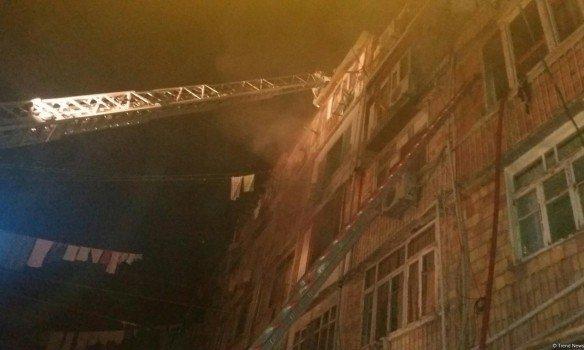 В Азербайджане прогремел мощный взрыв в общежитии