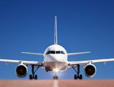 Кусающийся пассажир вынудил пилотов посадить самолет
