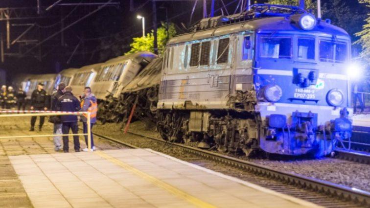 В Польше столкнулись поезда: есть пострадавшие (фото)