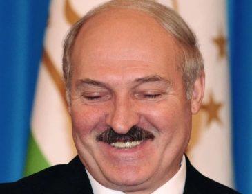 Как для Лукашенко наряжали девушек и не только (фото)