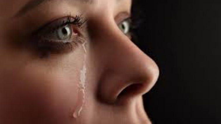 «И молю, молю, молю, чтобы пришел кто-то…»: Известная певица рассказала о самоубийстве и умоляет о помощи!