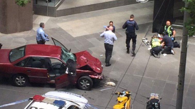 Еще один теракт: автомобиль въехал в здание аэропорта. Ужасающие подробности!