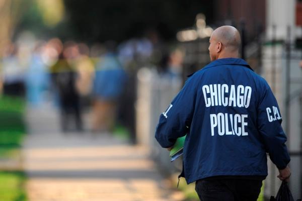 В центре мегаполиса группа неизвестных обстреляла толпу, есть жертвы