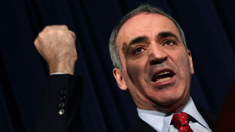 Каспаров рассказал о своем унижения в США