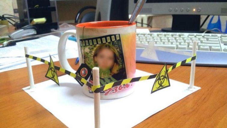 Почему пить чай или кофе в офисе опасно?