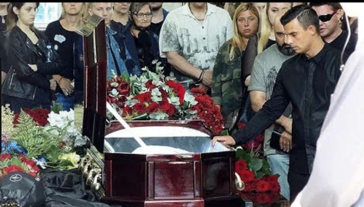 Совсем не по-звездному: Стало известно, как Москва простилась с известной певицей