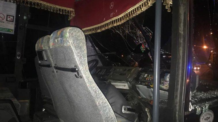 «Последняя поездка»:  В России экскурсионный автобус столкнулся с грузовиком, есть жертвы