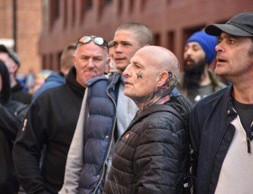 «Зря она разделась»: На голую итальянку набросилась толпа «дикарей»