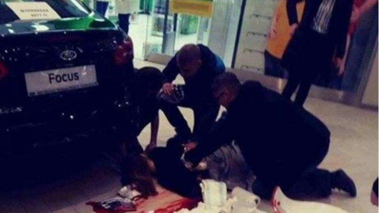 В Польше мужчина устроил резню в торговом центре: фото и видео