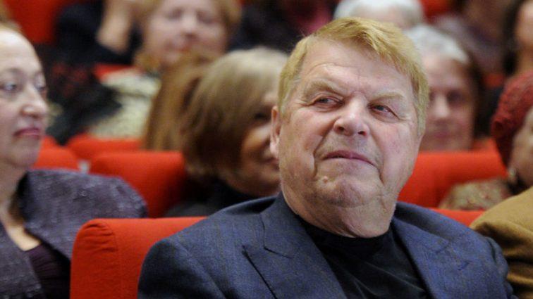 Стало известно о состоянии 81-летнего Михаила Кокшенова
