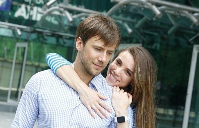 «Снимок на миллион»: Жидков поделился трогательным фото с новорожденным сыном