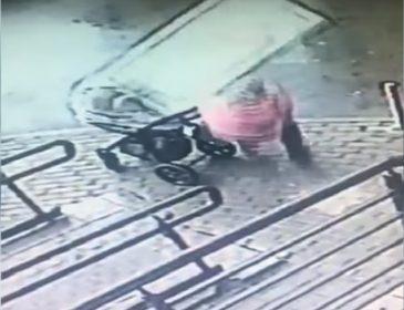 На мать с ребенком упало окно: шокирующие видео