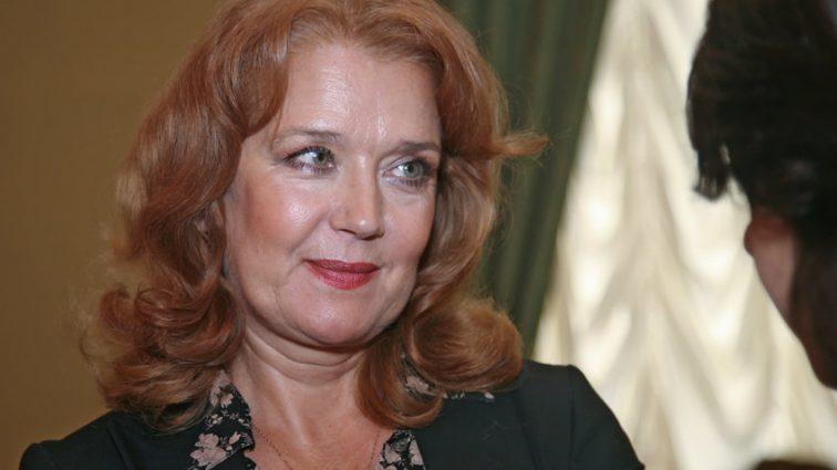 Ксения Алферова похоронила близкого человека