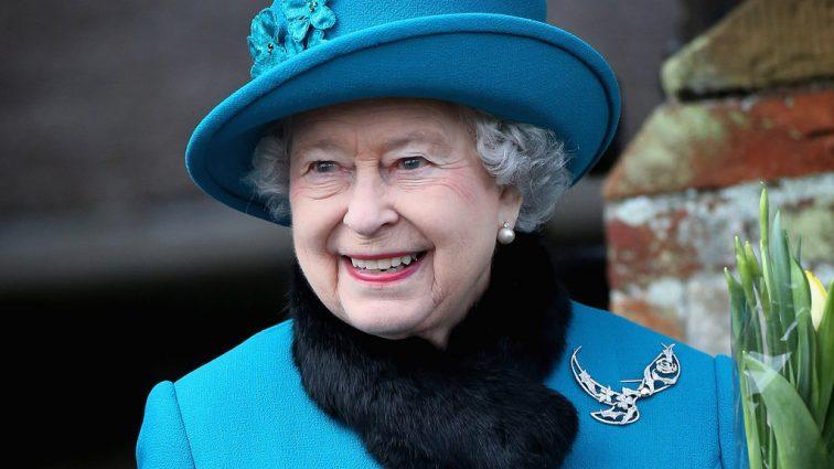 Королева Елизавета II познакомилась с девушкой принца Гарри