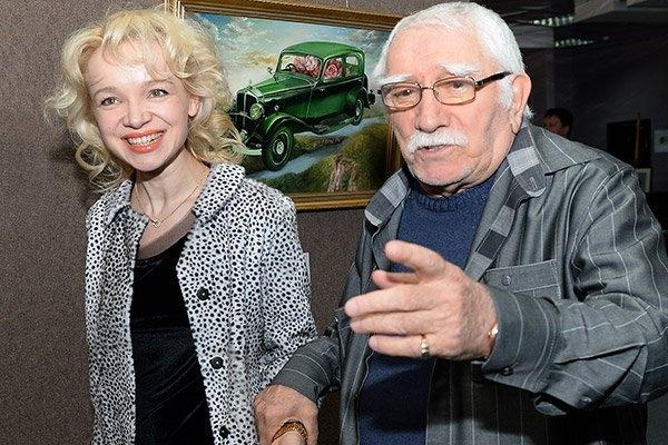 Всплыли новые подробности из жизни Армена Джигарханяна и его молодой жены