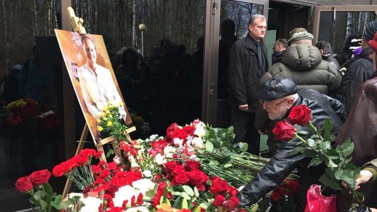 Того, что случилось с Дубовицкой на прощании с Задорновым уже не скрыть