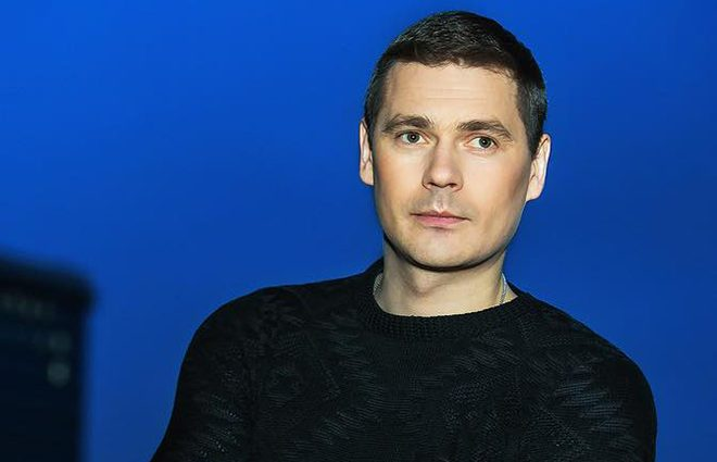 «Я твоя… «: Только взгляните на ком женат любимец женщин, актер Александр Пашков. Они идеальны!