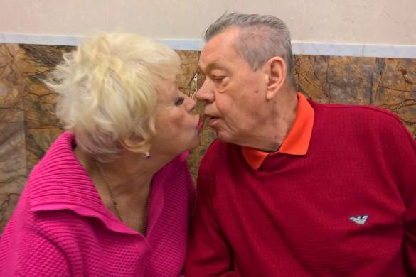 «Новый этап в жизни – борьба с болезнью» — Жена Караченцова поделилась сокровенным