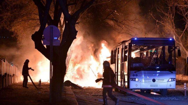 Из-за взрыва в центре столицы погибло 40 человек: Видео с места трагедии