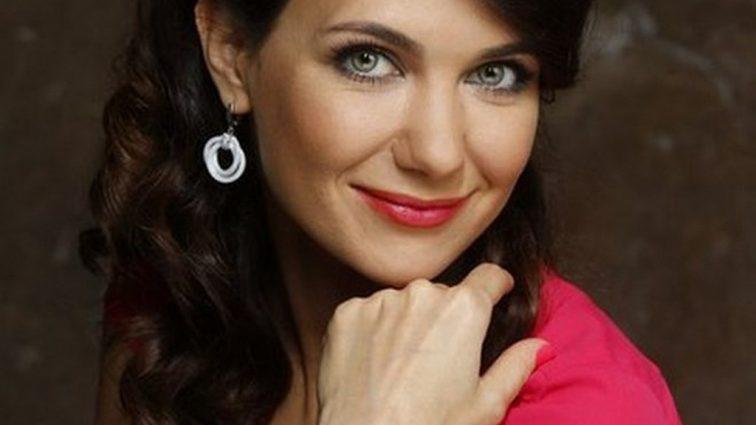 «Глаз не отвести»: Актриса Екатерина Климова вышла в свет с подросшими сыновьями. Какие красавчики!