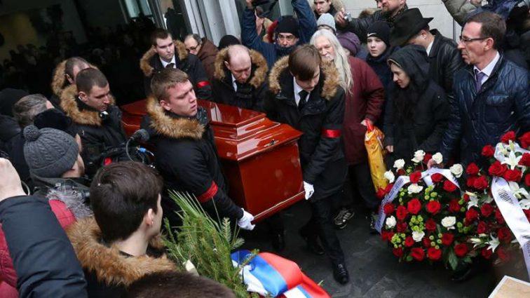 Ужасная потеря для всей страны! Умер заслуженный артист России. Поклонники не верят…