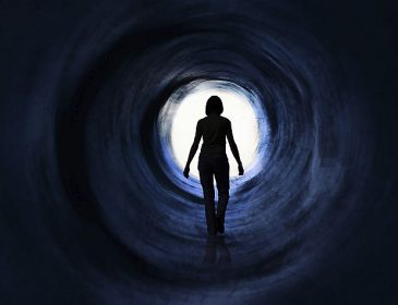 «Я больше не хочу страдать. Это слишком тяжело» — Парализованная чемпионка молит о смерти из-за ужасной болезни