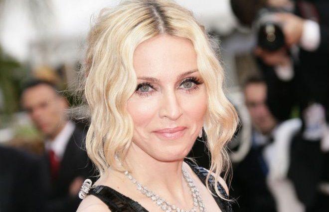«Сестра всемирно известная, а брат жил в нищете»: Брат Мадонны вернулся домой после семи лет запоя