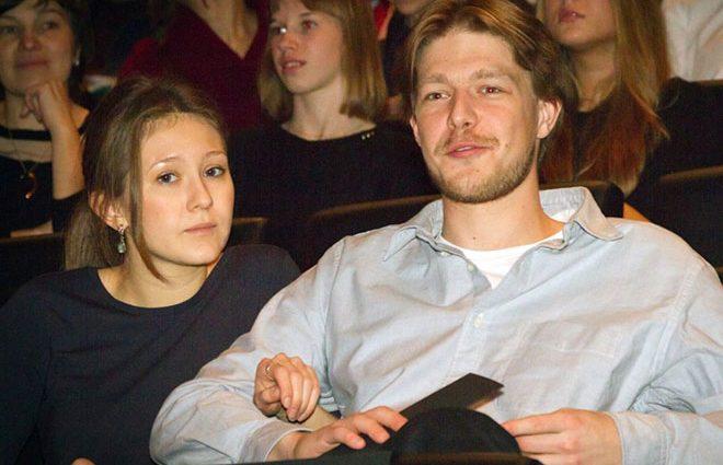 «Прямо как кирпич на голову» — Российская актриса откровенно рассказала о браке с Ефремовым